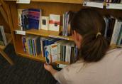 Zmoms Bookshelf